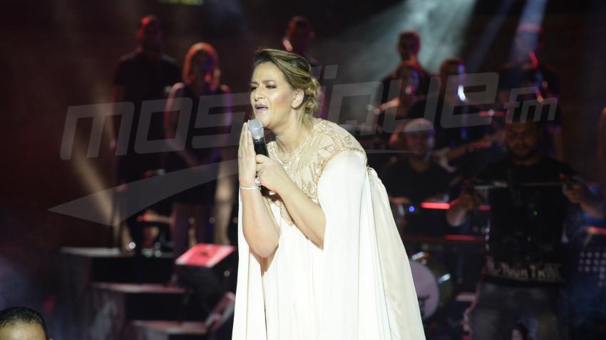 أمينة فاخت تغني لجمهورها في قرطاج بعد 10 سنوات من الغياب