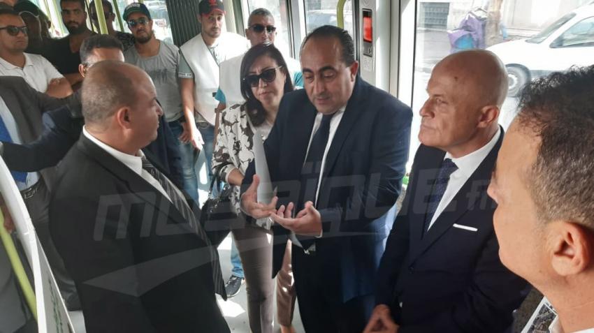 إمضاء اتفاقية قرض  بين شركة نقل تونس والوكالة الفرنسية للتنمية