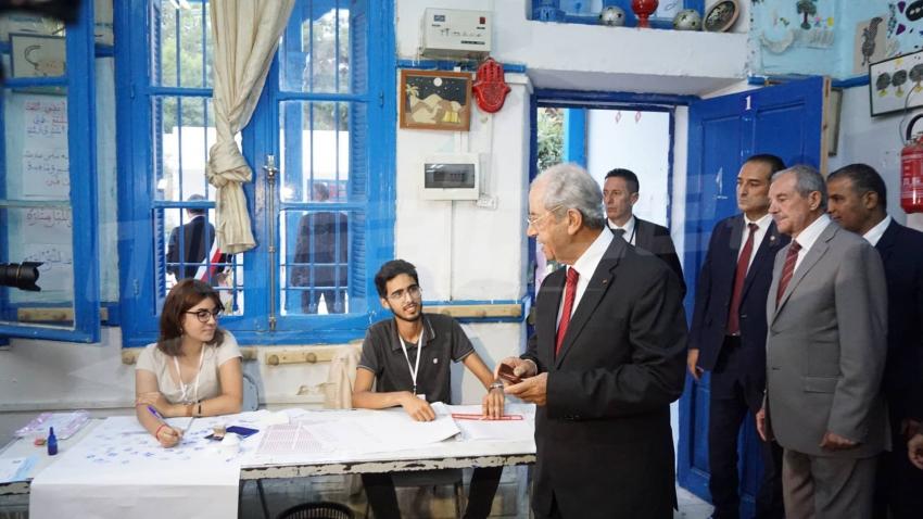 الرئيس محمد الناصر ينتخب