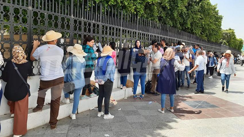 Le chômeurs de Kasserine protestent à la Kasbah