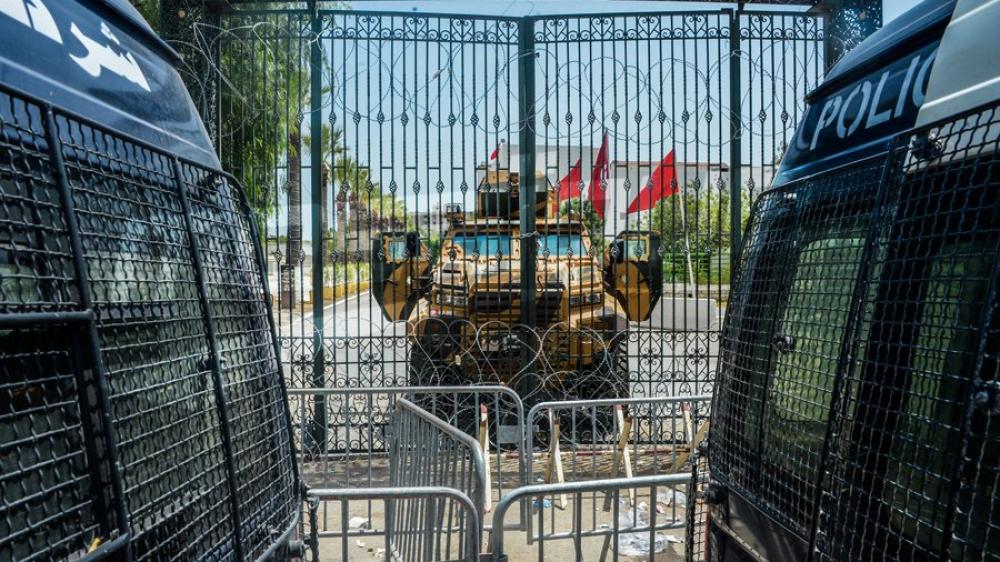 تواجد أمني كثيف أمام مبنى البرلمان التونسي