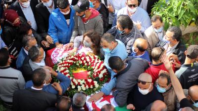 وصول جثمان الفقيد بوعلي المباركي إلى مقر إتحاد الشغل