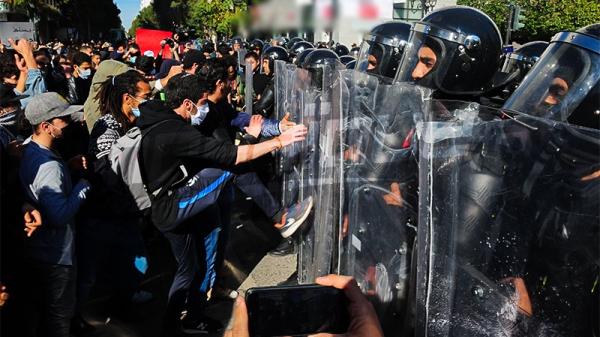 في اتجاه شارع الحبيب بورقيبة: مسيرة للمطالبة بإطلاق سراح الموقوفين