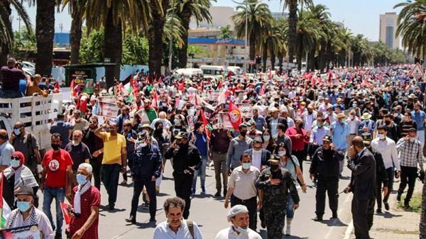 قيادات اتحاد الشغل ومنظمات حقوقية في مسيرة نصرة فلسطين