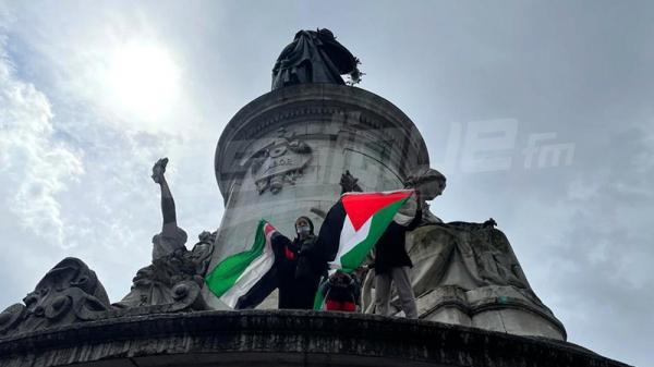 باريس : مظاهرة تضامنية مع الشعب الفلسطيني