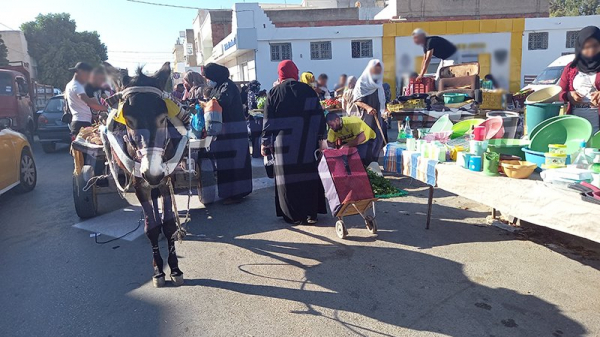 Siliana: Des encombrements  partout malgré le confinement sanitaire