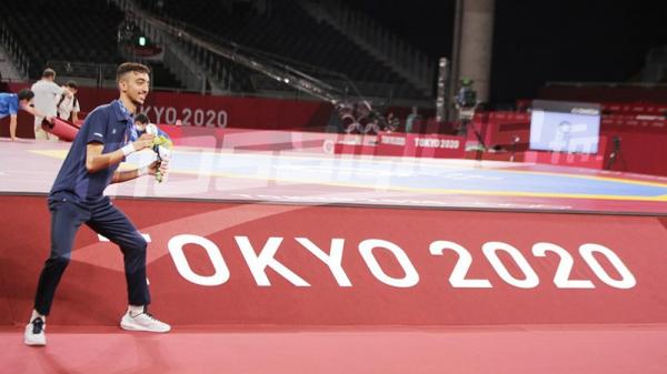 JO #Tokyo2020 : Le champion Khalil Jendoubi savoure sa médaille olympique