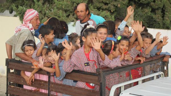 عودة مدرسية على إيقاع فرحة بريئة
