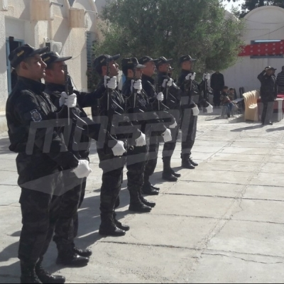 Hommage à plusieurs agents de sécurité à kasserine
