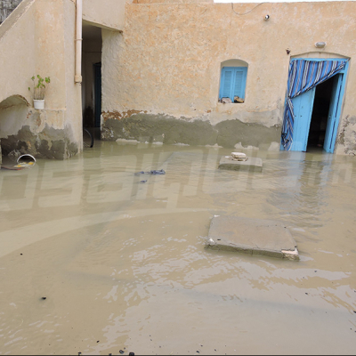 Djerba: l'eau pénètre des maisons et l'intervention tarde à venir