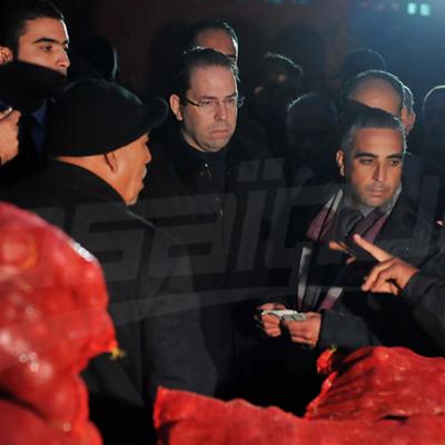 رئيس الحكومة يقوم بزيارة إلى سوق الجملة ببئر القصعة