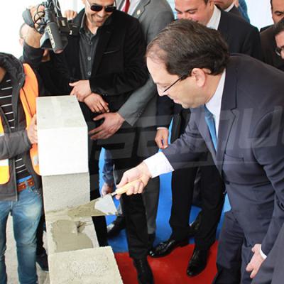 Chahed pose la première pierre du centre Talan à Charguia