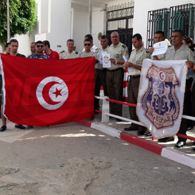 Sidi Bouzid : la garde nationale organise une marche de solidarité avec les familles des martyrs d'Ain Soltane