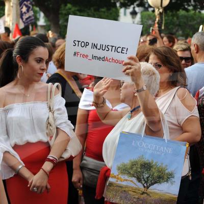 Une marche protestataire pour soutenir le rapport de la COLIBE