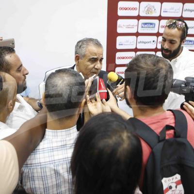 ندوة صحفية لفوزي البنزرتي