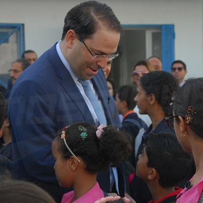 افتتاح السنة الدراسية: الشاهد يلتقي بتلاميذ مدرسة البحر الأزرق بالمرسى