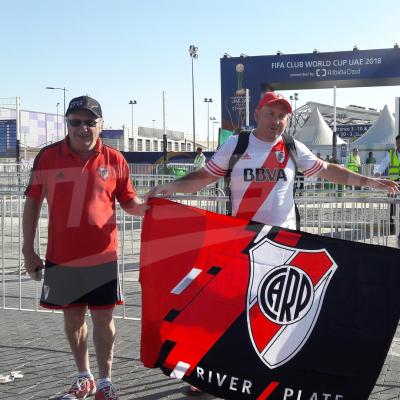 L'ambiance à l'extérieur du stade avant la demi finale du mondial des clubs entre Al Ain et River Plate