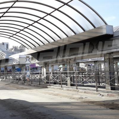 شلل تام في حركة سير القطارات والمترو في العاصمة