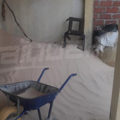Nouil : les habitants encerclés par le sable