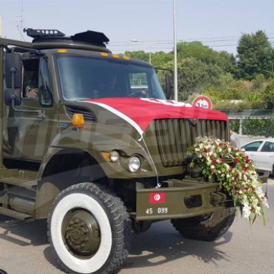 قرطاج: وصول عربة عسكرية مخصصة لنقل جثمان رئيس الدولة