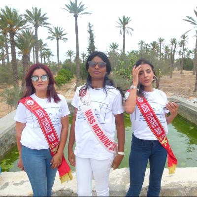 ملكات جمال تونس في جربة من أجل دعم ملف إدراجها في التراث العالمي