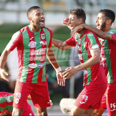 الرابطة الأولى : النادي البنزرتي (1-4) الملعب التونسي