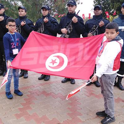 Tataouine : Les citoyens fêtent le 9e anniversaire de la révolution à la place du martyr Mehdi Chemlali