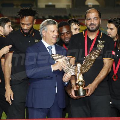 الترجي الرياضي التونسي يتسلم رمز البطولة