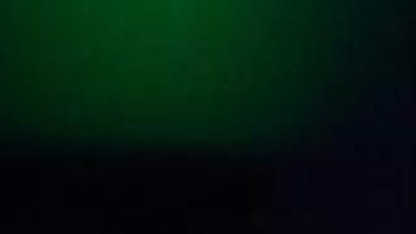 كورونا: الفنان جون براين في حالة حرجة