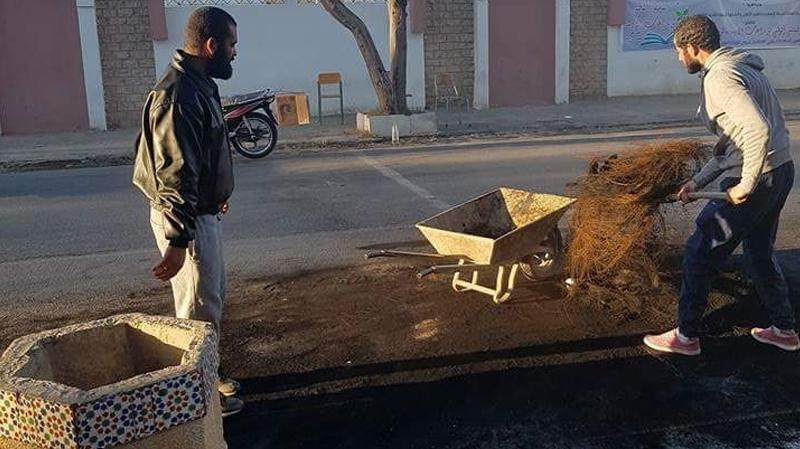 سبيطلة:حملة تنظيف لشوارع المدينة اثر احتجاجات الأخيرة