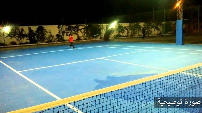 ملعب التنس