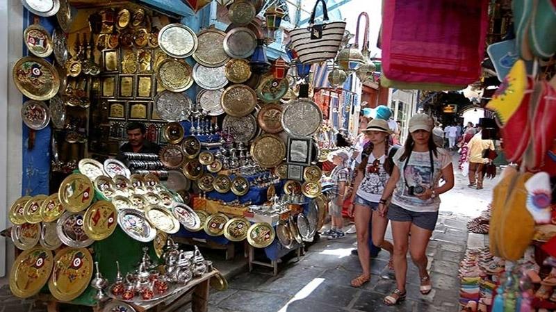 الأسواق السياحية التقليدية