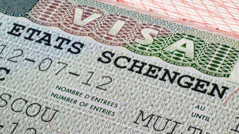 فرنسا منحت أكثر من 126 ألف تأشيرة إلى مواطنين تونسيين في 2016