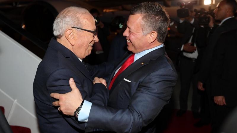 استقبال رسمي لرئيس الجمهورية من الملك عبد الله الثاني
