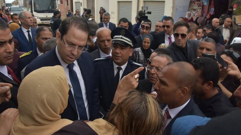 يوسف الشاهد في حي الرياض بصفاقس
