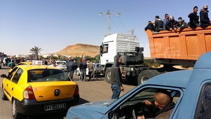 محتجون يتوجهون نحو الكامور