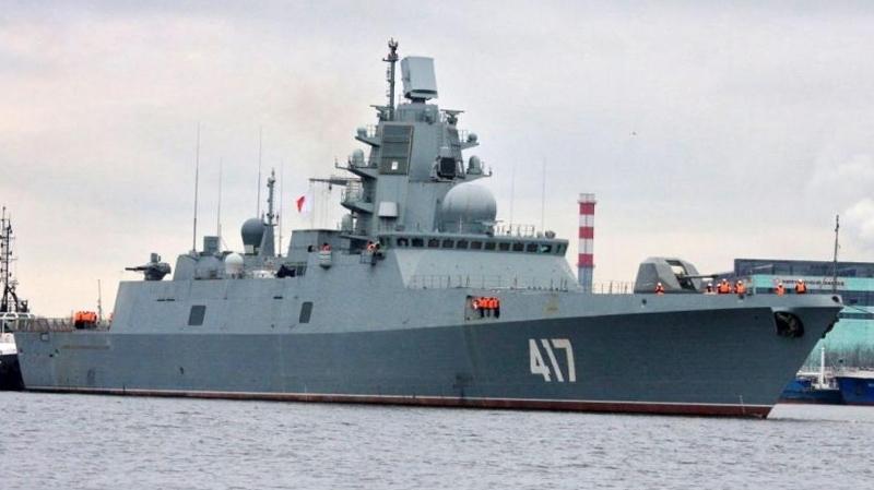 اصطدام بارجة روسية بسفينة شحن قبالة سواحل إسطنبول