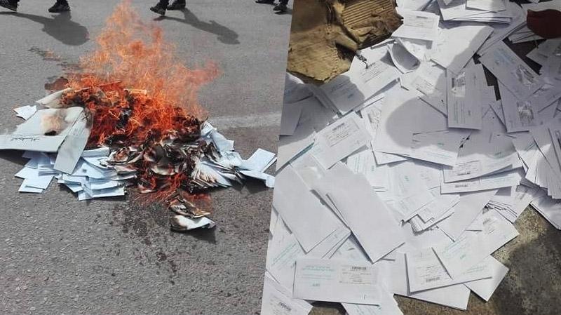 تطاوين : أهالي قصر أولاد دباب يضرمون النار في فواتير الكهرباء