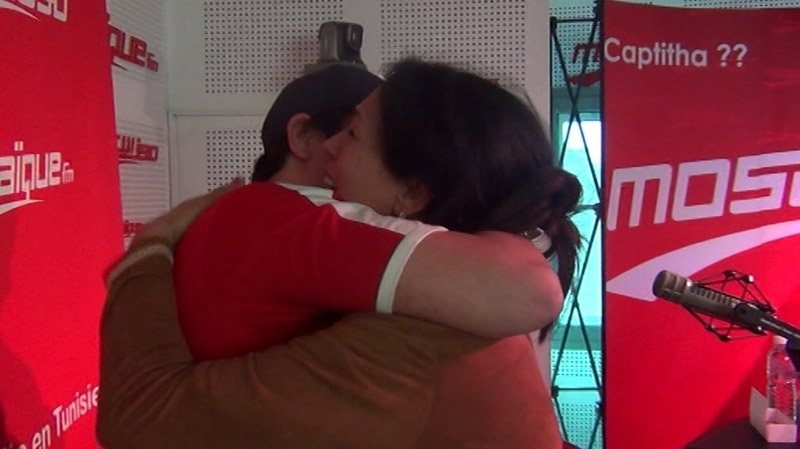 لحنينة تلتقي ابنها في موزاييك بعد غياب طويل