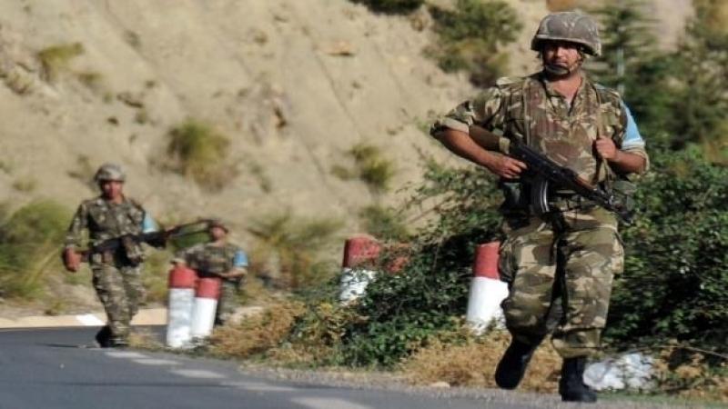 الجزائر :إيقاف داعشيين شاركا في القتال بليبيا