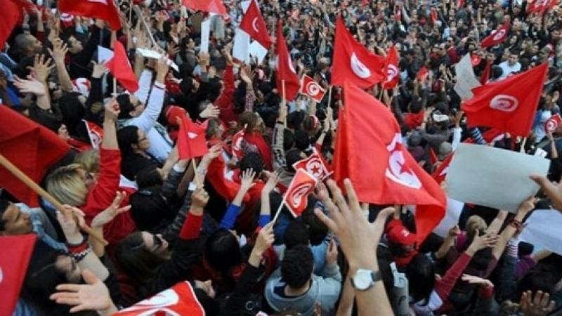 63% من التونسيين يعتبرون التلفزيون المصدر الإعلامي الأكثر وثوقا