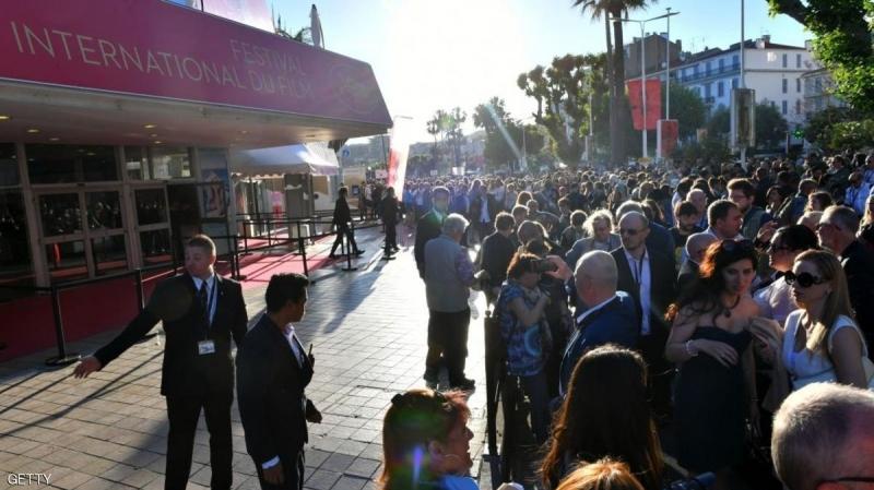 مهرجان 'كان' بفرنسا : إخلاء مسرح بسبب قنبلة !