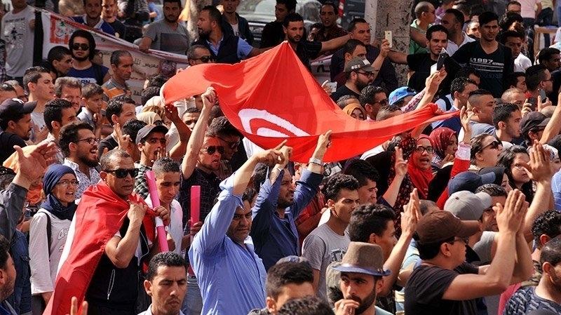 وقفات احتجاجية بالعاصمة وعدد من الجهات تضامنا مع محتجي تطاوين