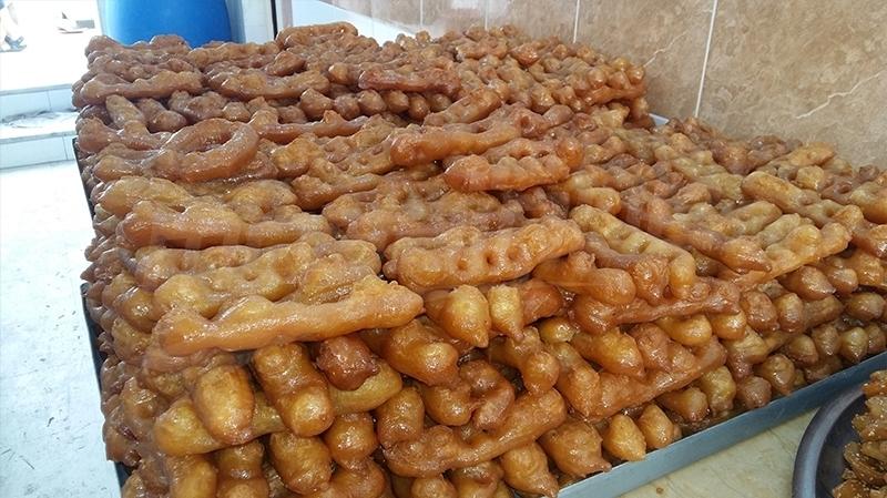 في رمضان: غمراسن تصبح قبلة أهالي المناطق المجاورة بفضل حلوياتها