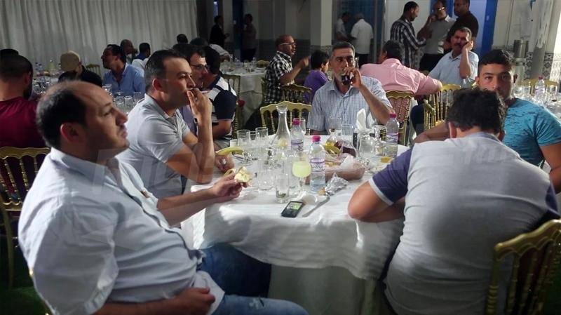 طبلبة: مائدة إفطار جماعية بميناء الصيد البحري