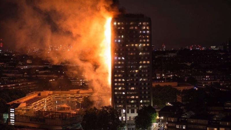 حريق بمبنى سكني في لندن