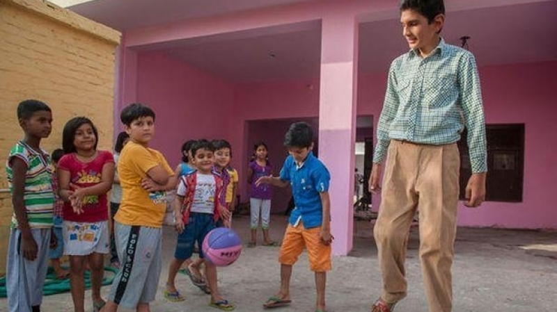 أطول طفل في العالم