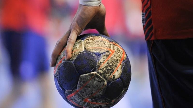 كرة يد شباب