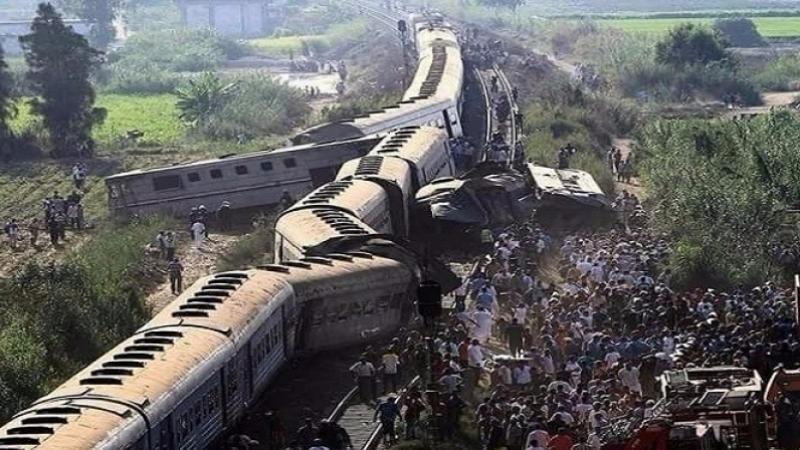 تصادم قطارين
