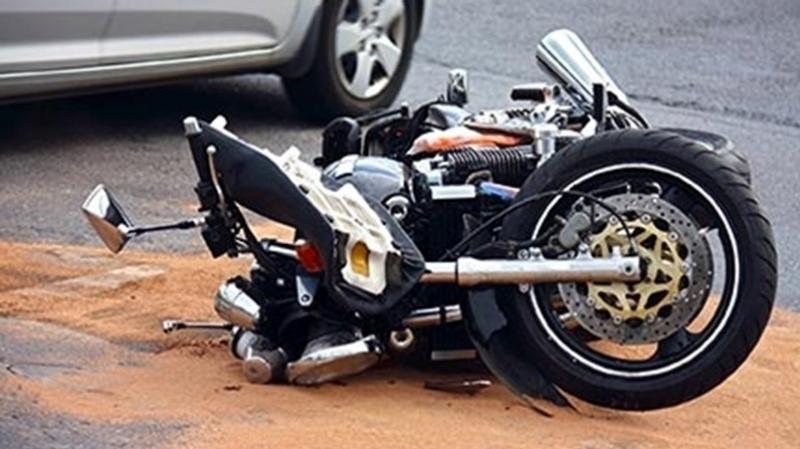 سوسة: وفاة شاب و اصابة آخر في حادث دراجة نارية كبيرة